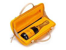 VEUVE CLICQUOT COFFRET CITY TRAVELLER - 37.5 cl